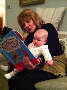 Eva reading with granny_2